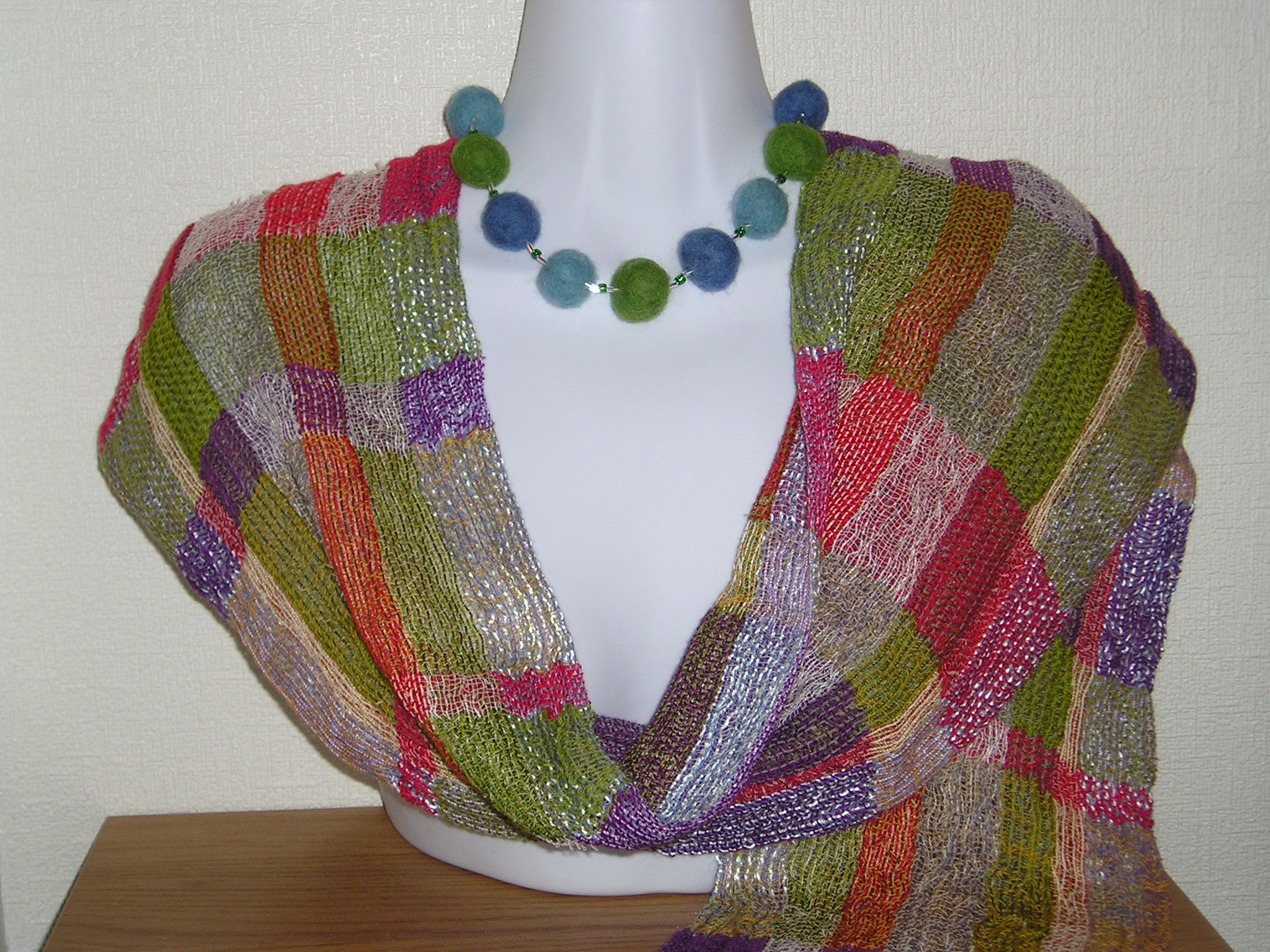 Double collapse weave scarf